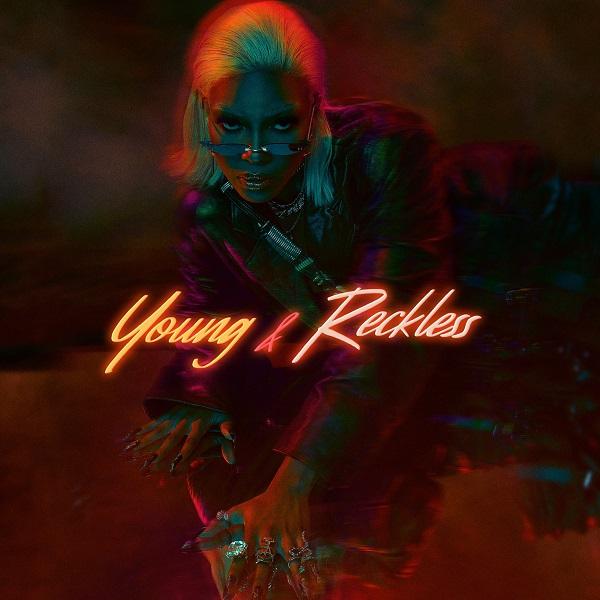 Album: Veeiye – Young & Reckless Zip
